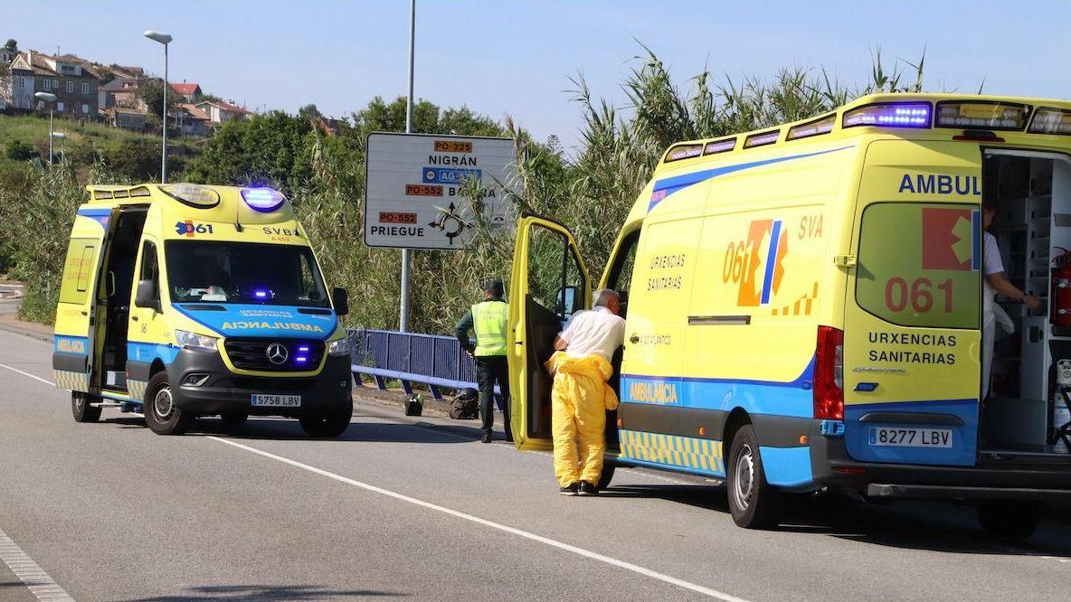 Agentes de la Policía Local controlan una calle peatonal de Gijón