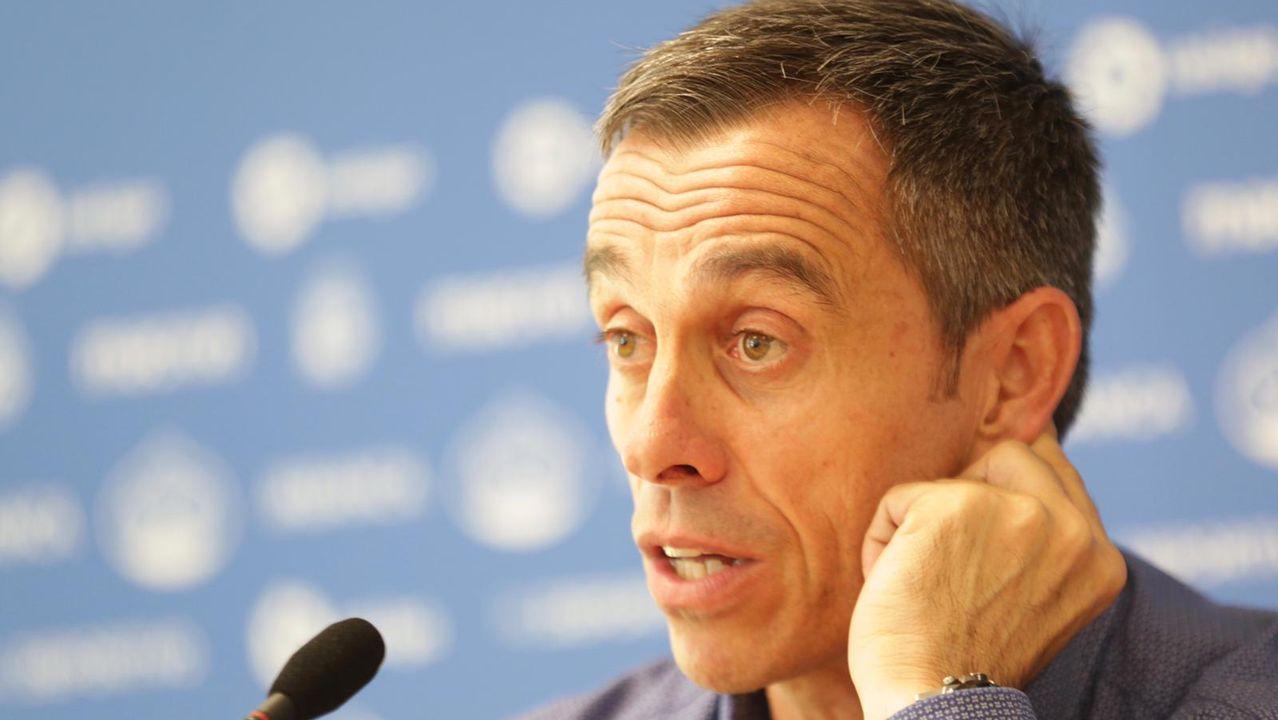 EN DIRECTO: Carmelo del Pozo explica la gestión del Dépor en el mercado de fichajes.Alfredo Ortuño posa como nuevo jugador carbayón
