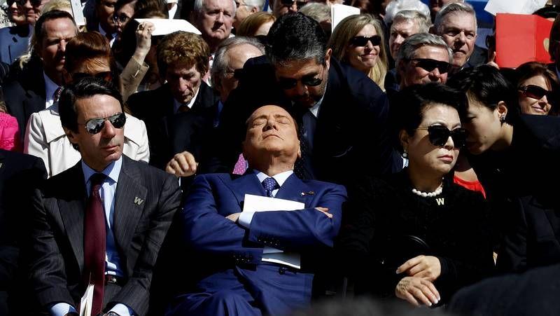 Aznar, entre los invitados al homenaje.El rostro de Obama, en el 2007 y el de ahora.