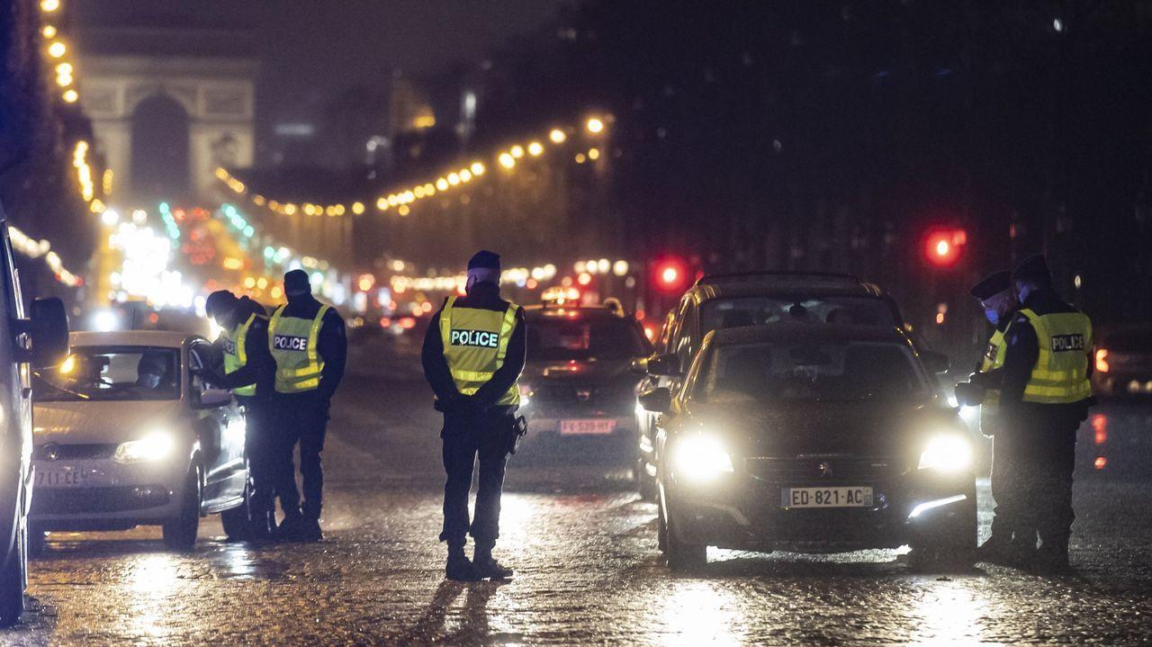 Miles de personas entran desde el lunes de forma ilegal en España.Macron y Merkel, durante su encuentro telemático del viernes