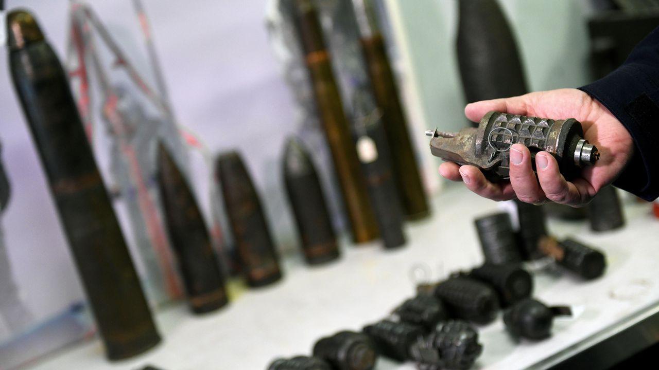 Una granada de la Guerra Civil desactivada por los artificieros