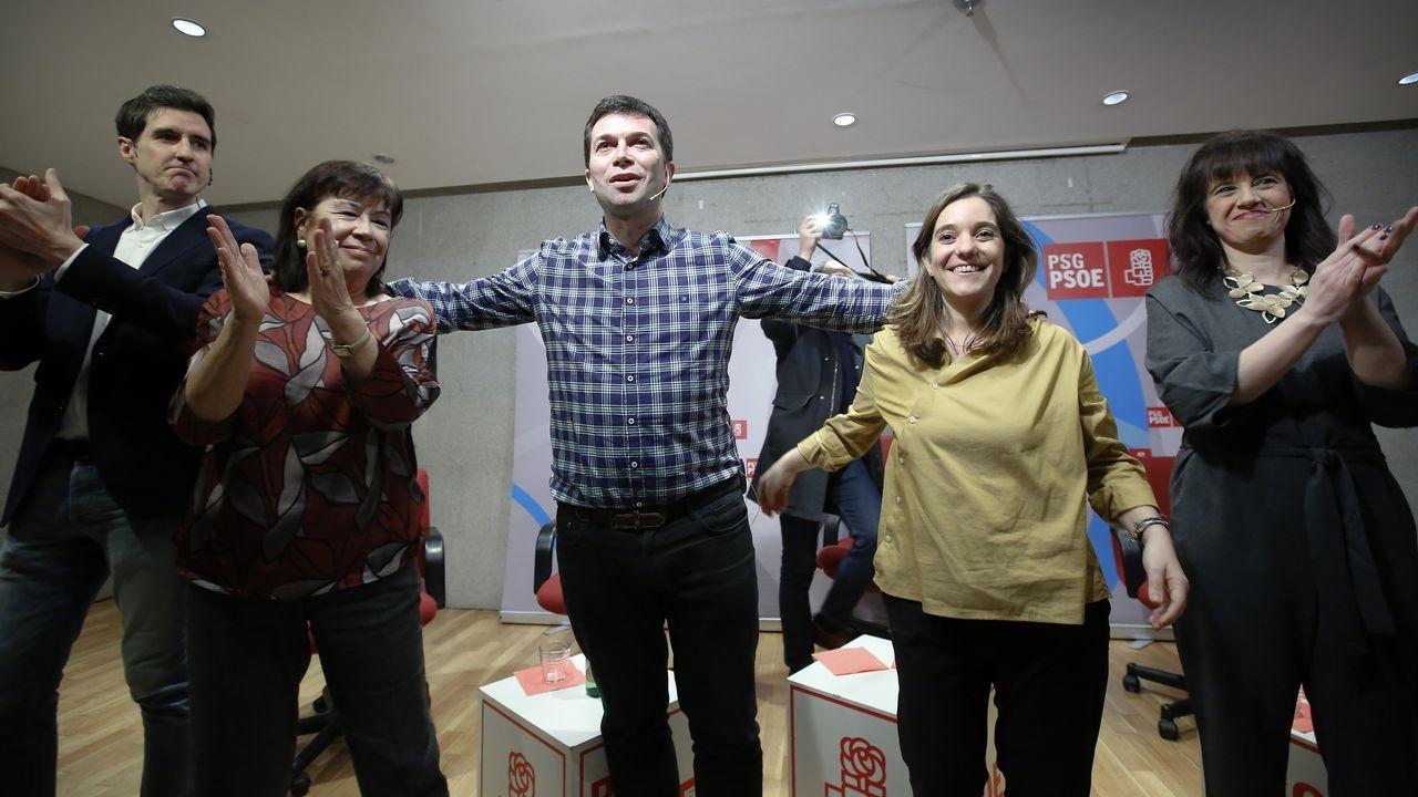 | EFE.La presidenta del PSOE, Cristina Narbona, en la sede del partido en Ferraz