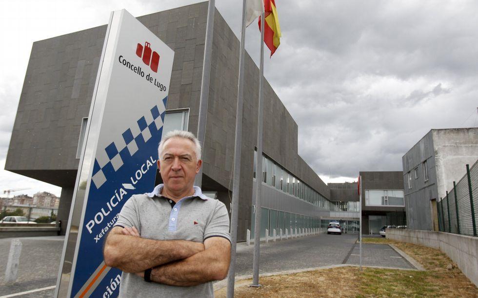 Martínez reclama a mellora do sistema de comunicacións da Policía.