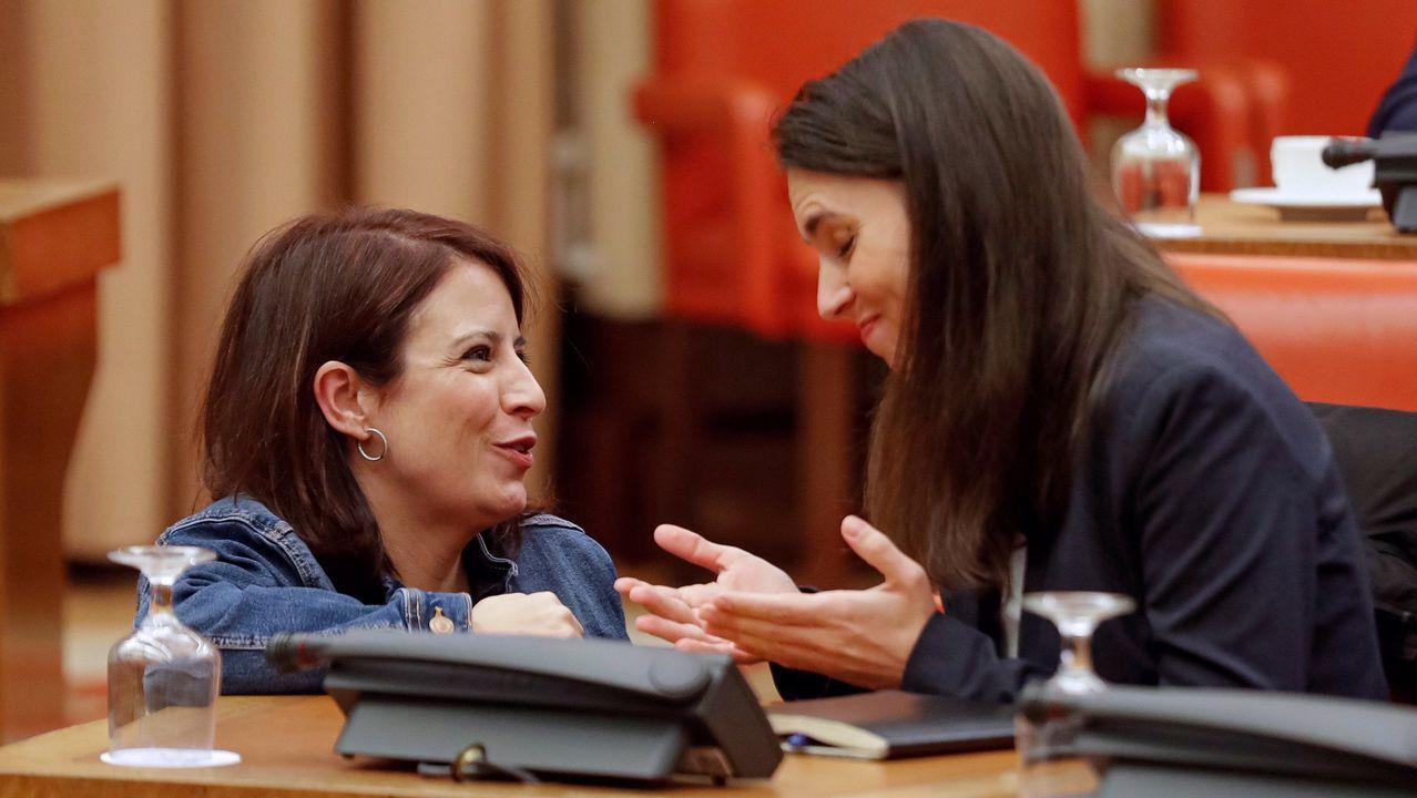 Las portavoces del PSOE, Adriana Lastra, y de Unidas Podemos, Irene Montero, este miércoles, en la diputación permanente del Congreso