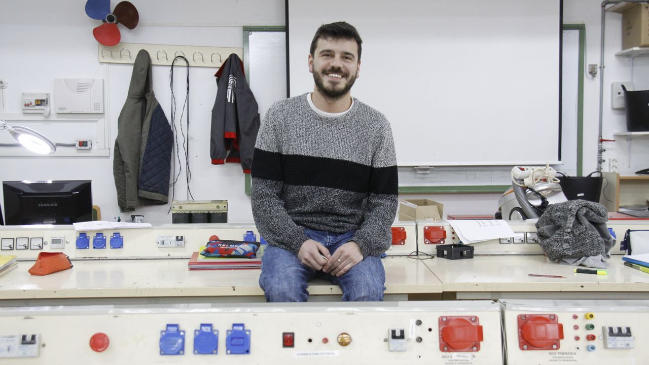 escuela infantil alumnos.El consejero de Educación y Cultura, Genaro Alonso, y el presidente del Consejo Escolar del Principado de Asturias, Alberto Muñoz