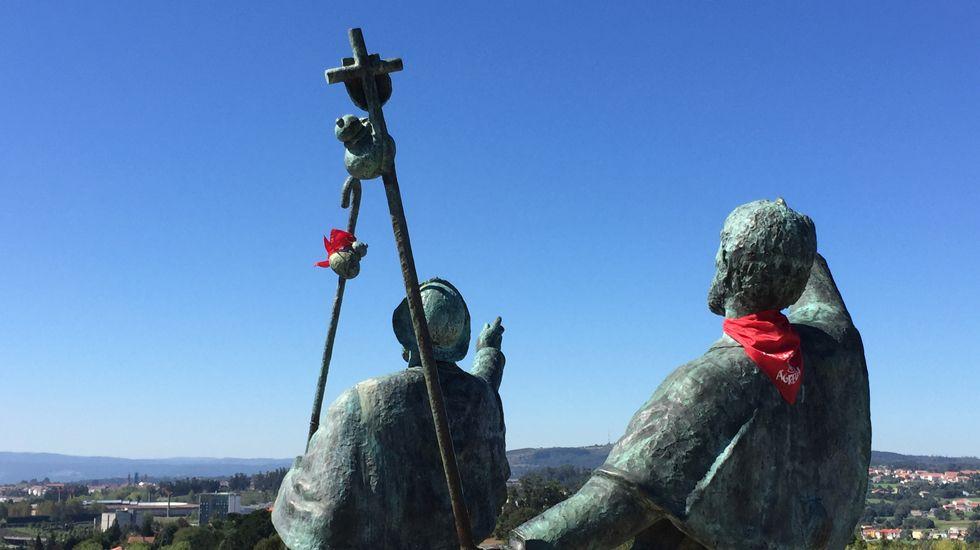 Monumento al peregrino en el Monte do Gozo.Monumento al peregrino en el Monte do Gozo