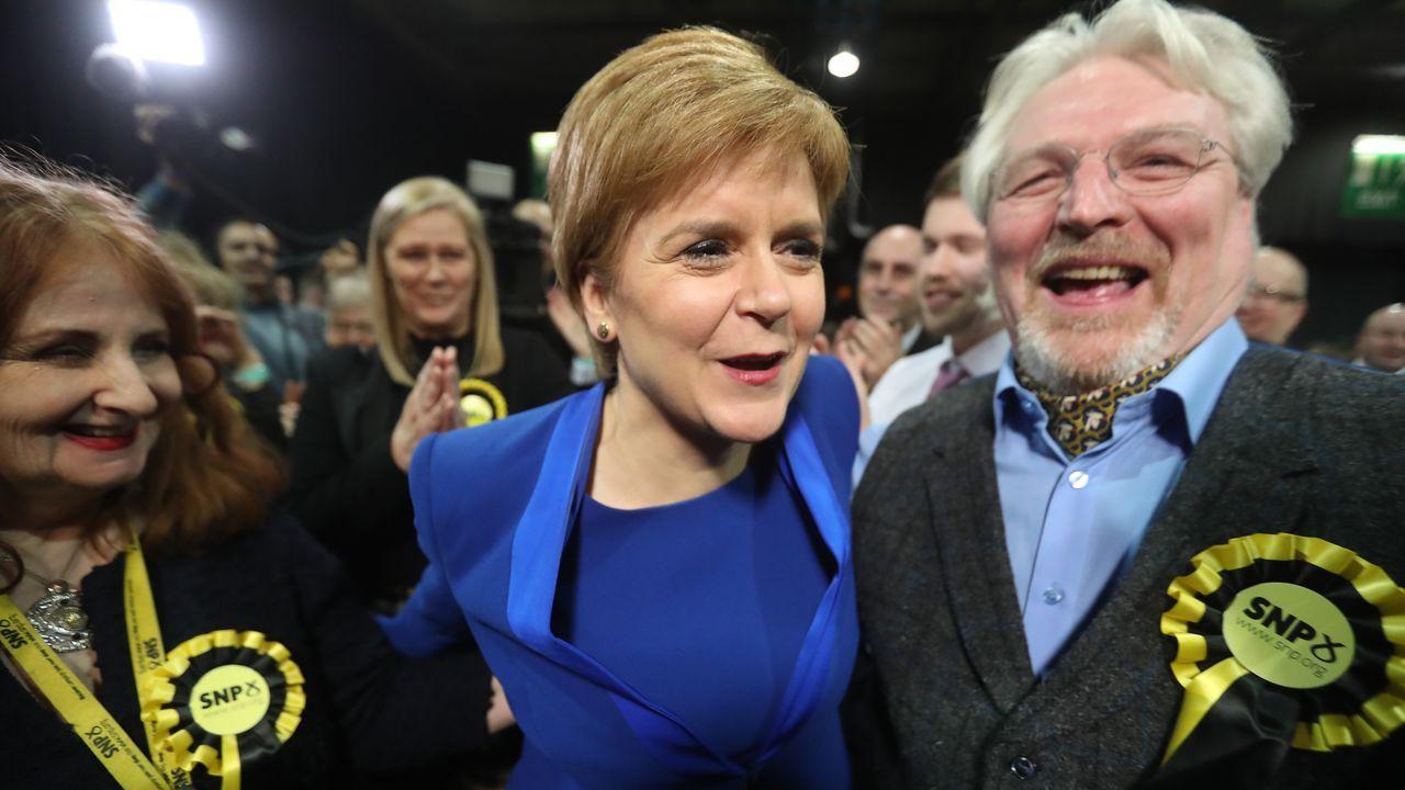 El Partido Nacional Escocés ha aumentado trece diputados y se ha hecho con 48 de los 59 escaños destinados a Escocia en el Parlamento.