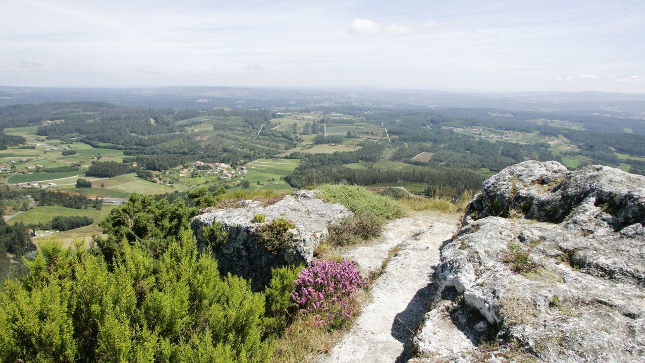 Vistas desde el Pico Sacro, en Boqueixón