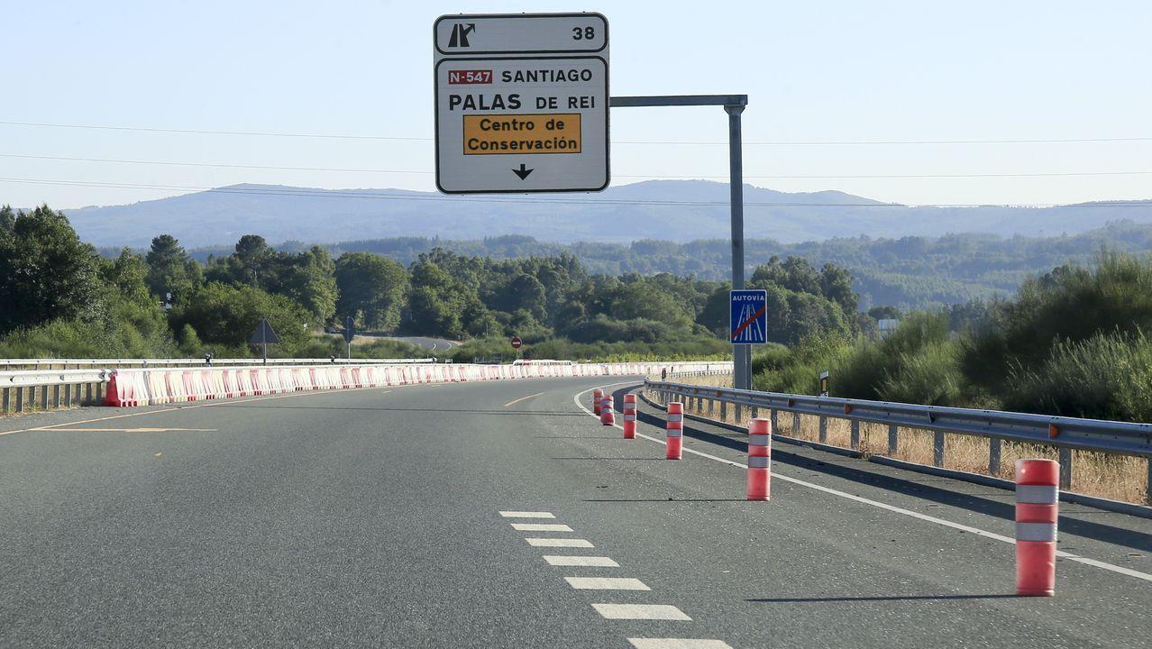 Actual final de la A-54 en la provincia de Lugo, cerca de Palas