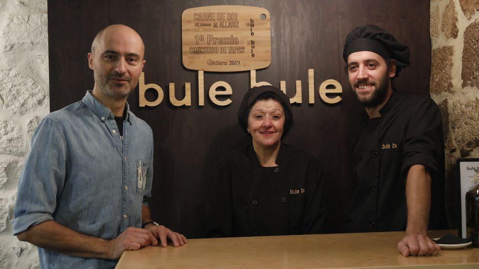 Nacho Canal, Julia Rodríguez e Bruno Gilino, do restaurante Bule Bule de Allariz