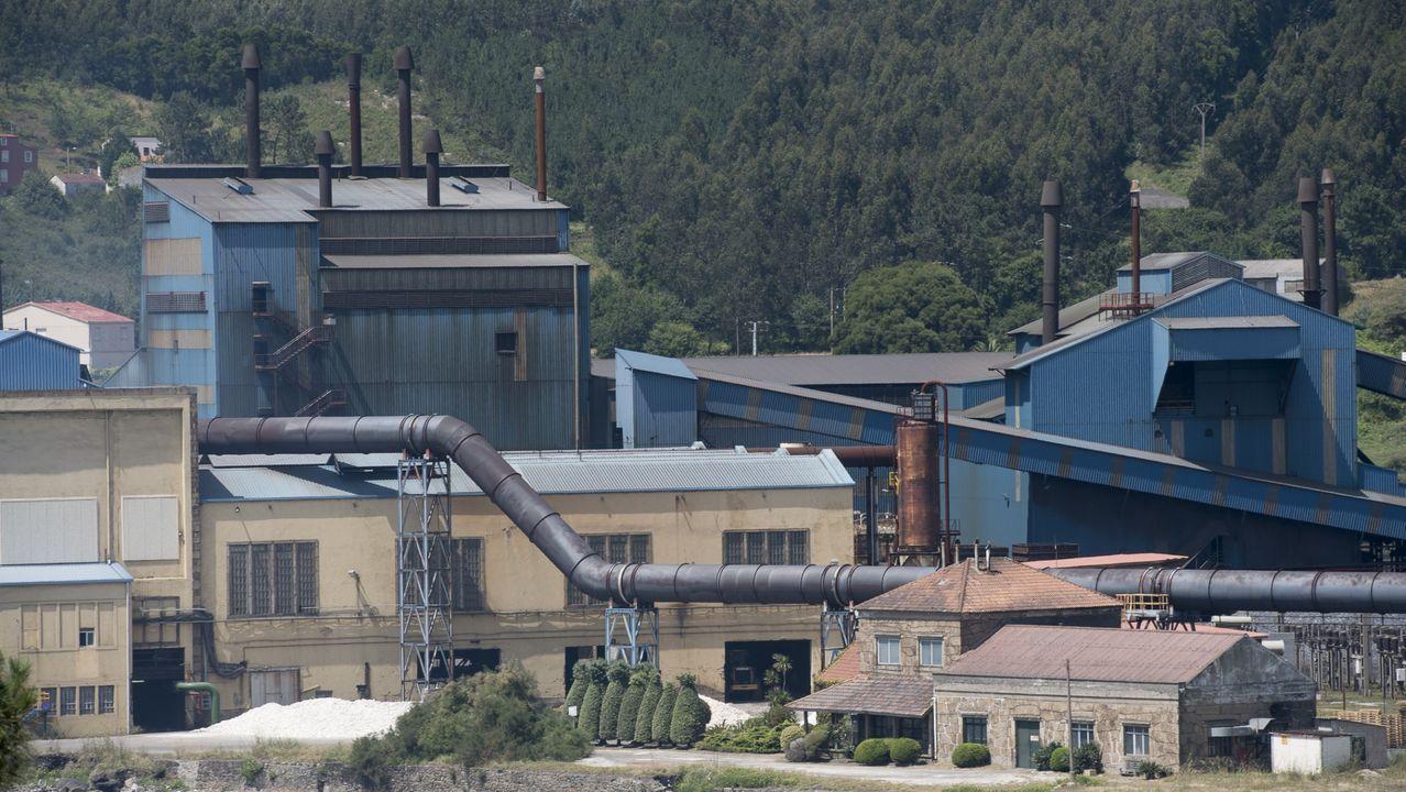 Planta de Ferroatlántica en Cee, perteneciente desde el verano a un fondo estadounidense, considerada electrointensiva