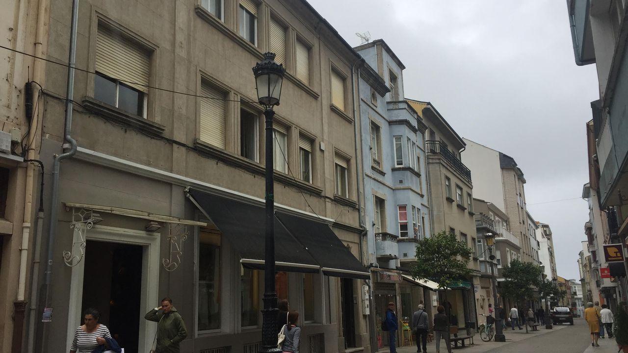 El piso que subasta el Concello es el segundo del inmueble número 20 de la calle Reinante