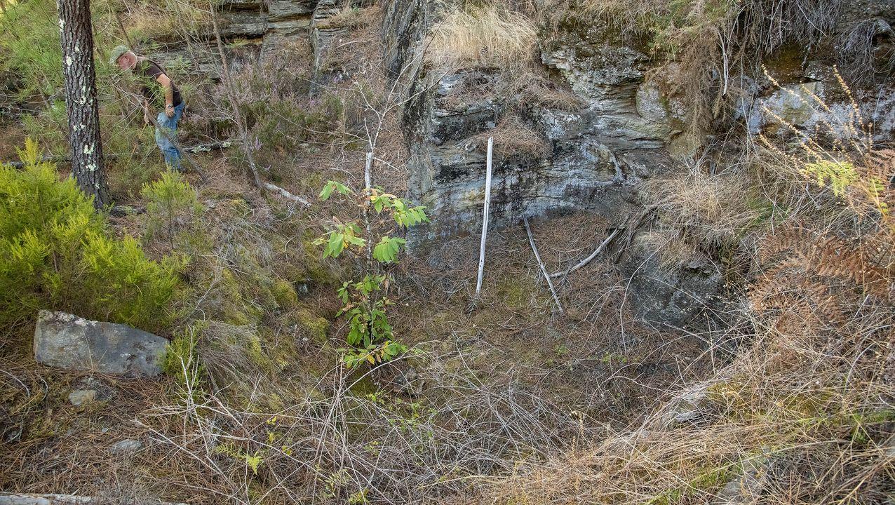 Otra vista del Pozo Morto, cuya profundidad se desconocer por estar el fondo relleno de sedimentos