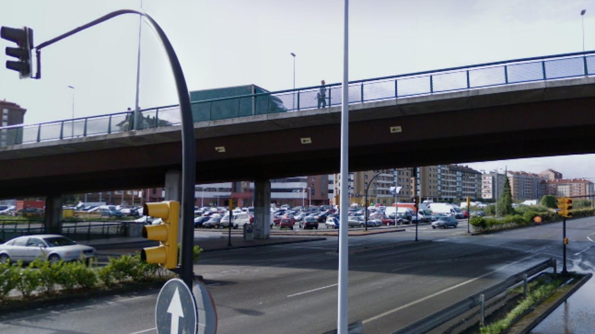 gijon.Viaducto de Carlos Marx