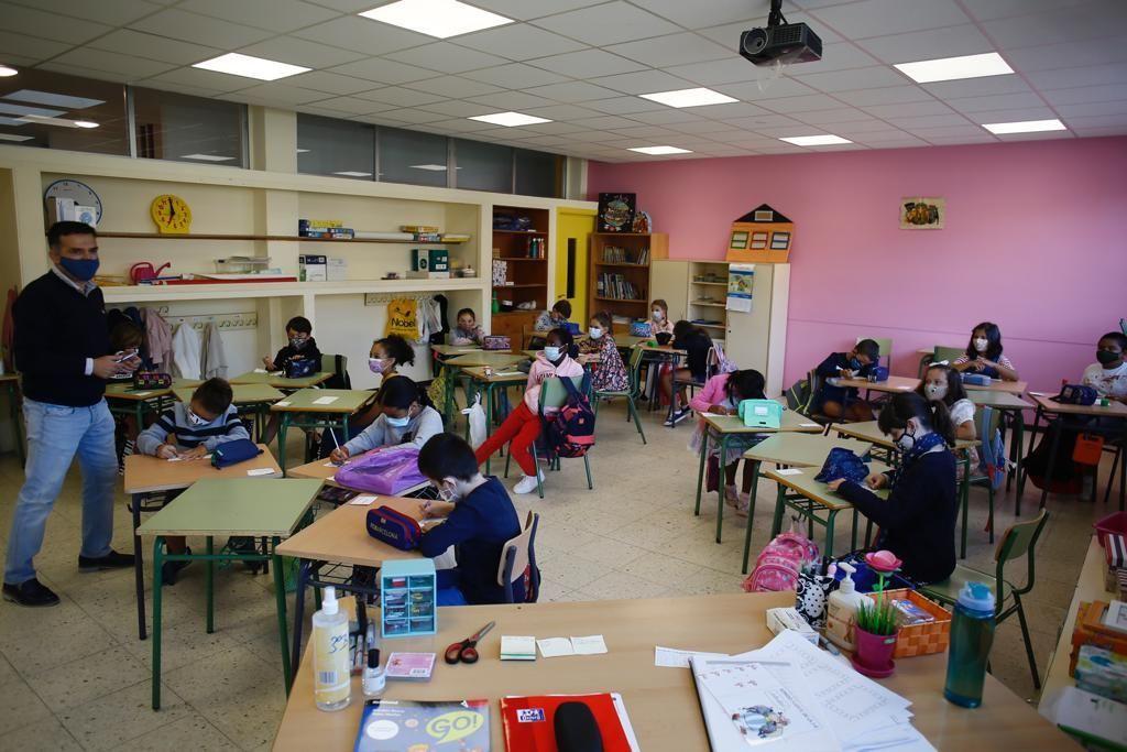 Foto de archivo de un aula escolar