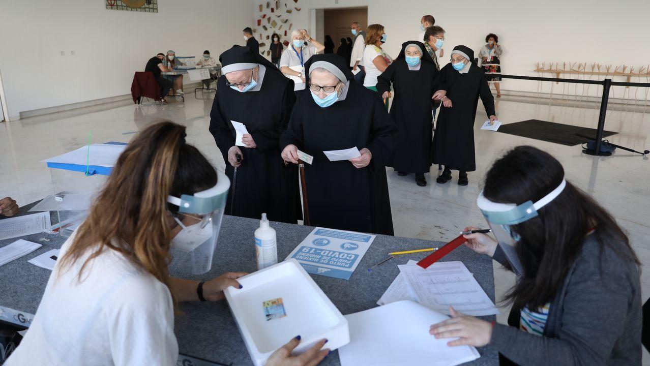 Votación en el CGAC, en Santiago