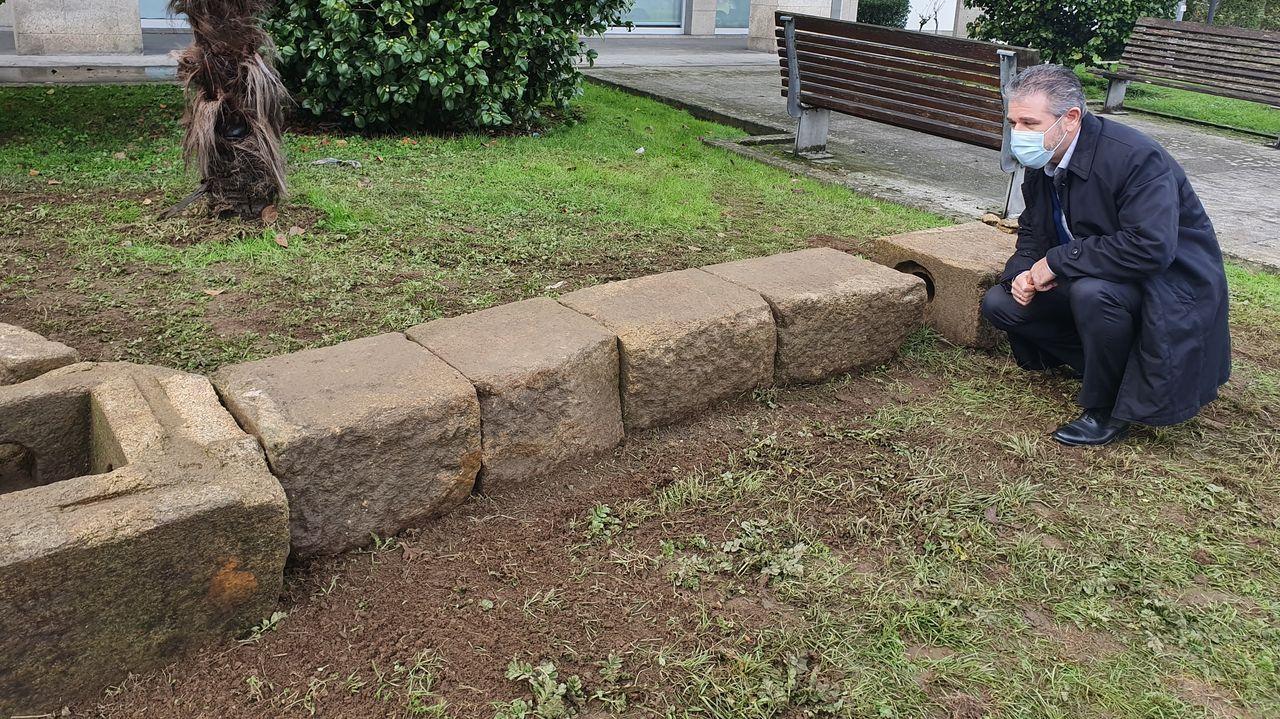 Couto supervisó la colocación del tramo del acueducto