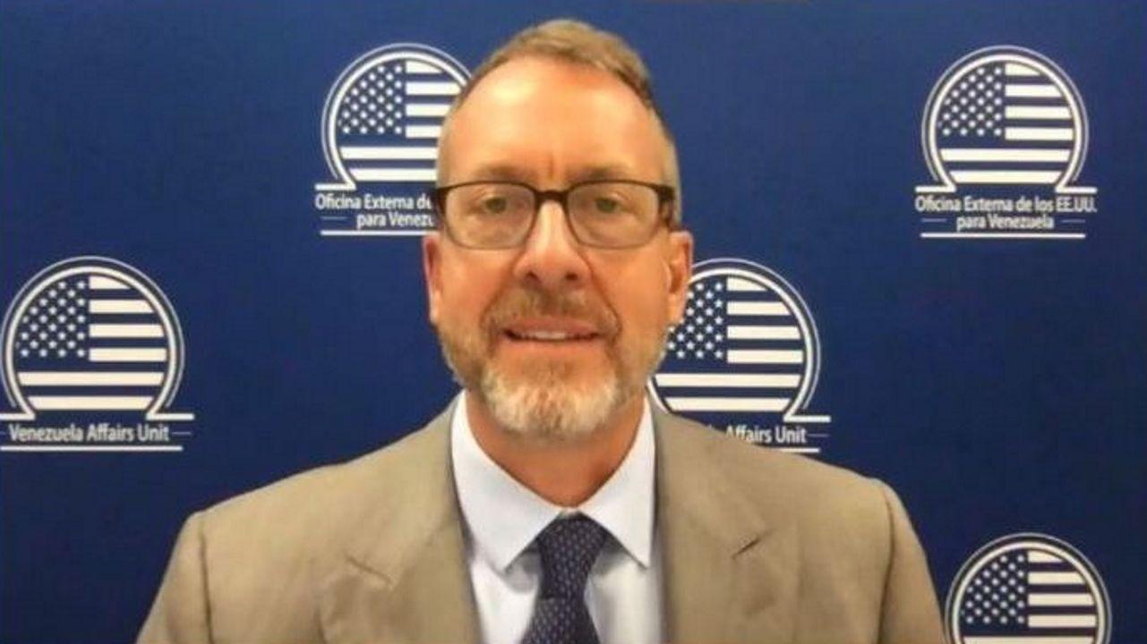 El embajador de EE.UU. en Venezuela, James Story