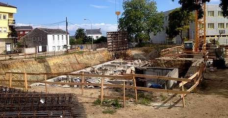 Obras de construcción de la futura residencia geriátrica de Ribadeo.