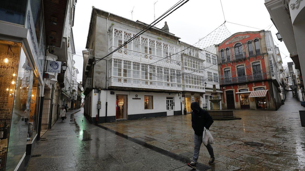 Con la hostelería cerrada y el comercio en horario restringido, la vida económica y social se resiente en localidades como Viveiro, que inicia febrero con 1.162 parados