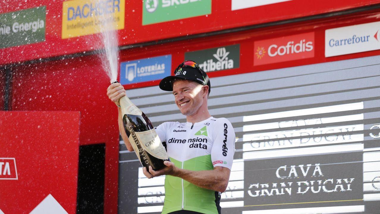 Arranca la temporada del Froiz.El francés Thibaut Pinot (Groupama FDJ) en los últimos metros de la decimoquinta etapa de la Vuelta disputada entre Ribera de Arriba y Lagos de Covadonga