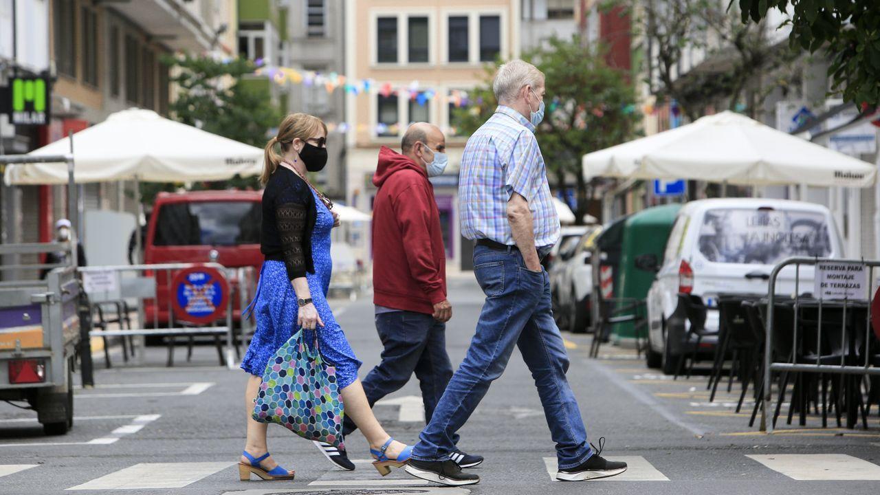 Ambiente en el barrio lucense de A Milagrosa el día en que Sanidade endurece las medidas para evitar contagios