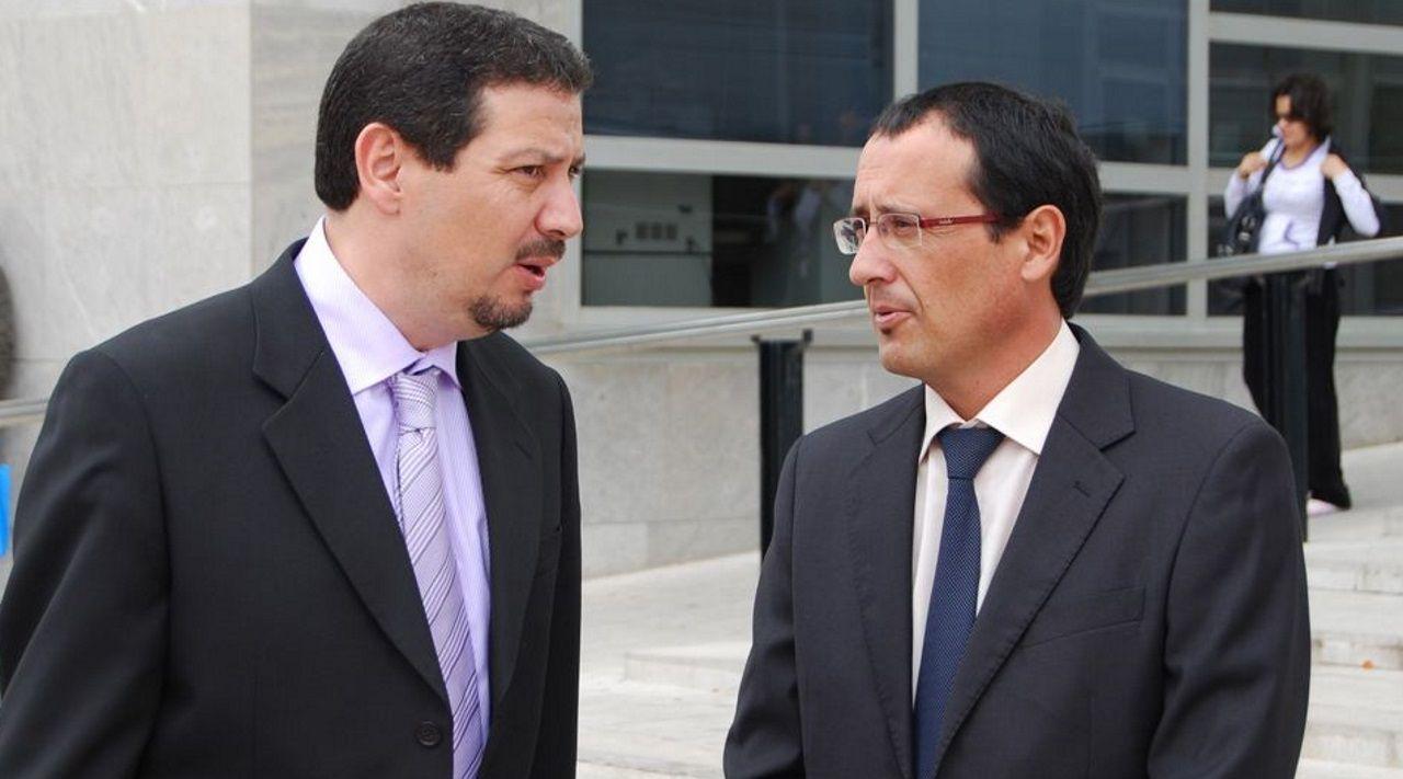 Dionisio Muñoz, con gafas, y Mustafá Aberchán