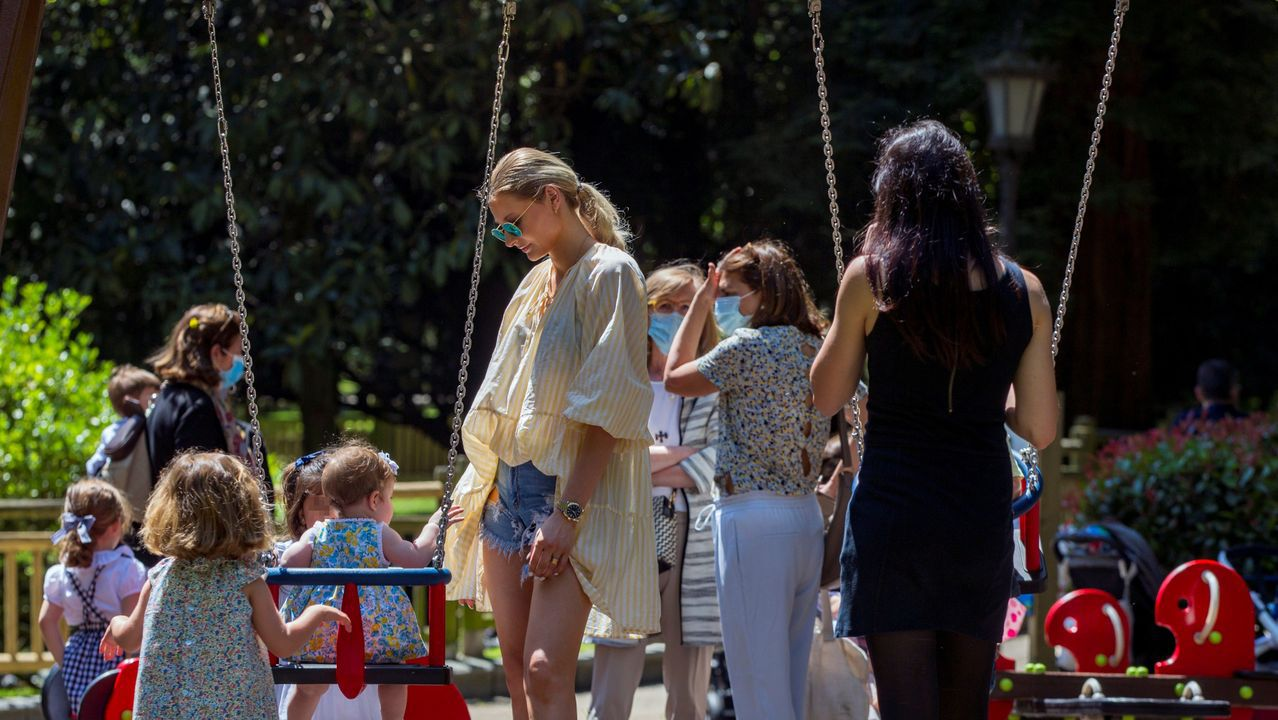 Reabren parques y zonas infantiles en Oviedo