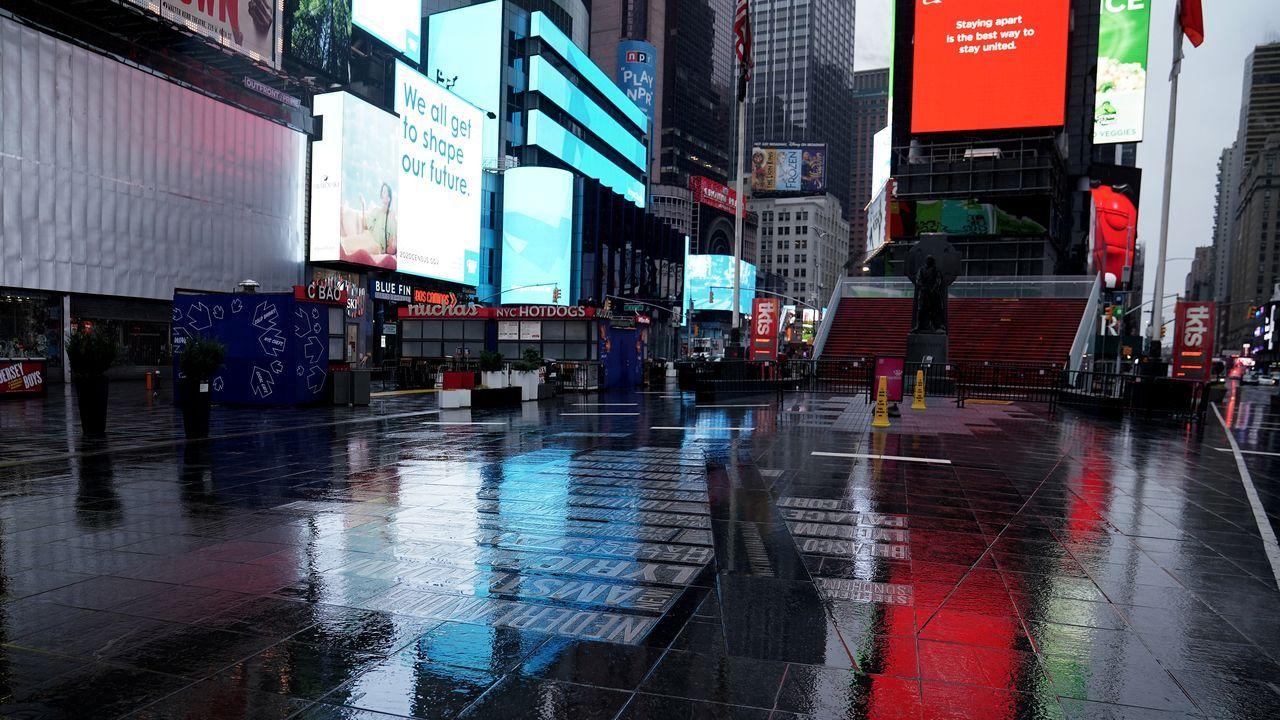 La icónica Times Square, completamente vacía