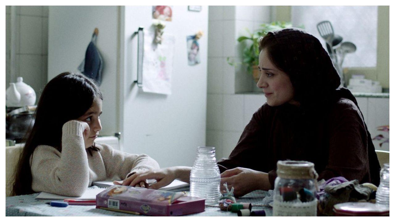 Fotograma del filme iraní de Maryam Moghadam y Behtash Sanaeeha «Balada de una vaca blanca»