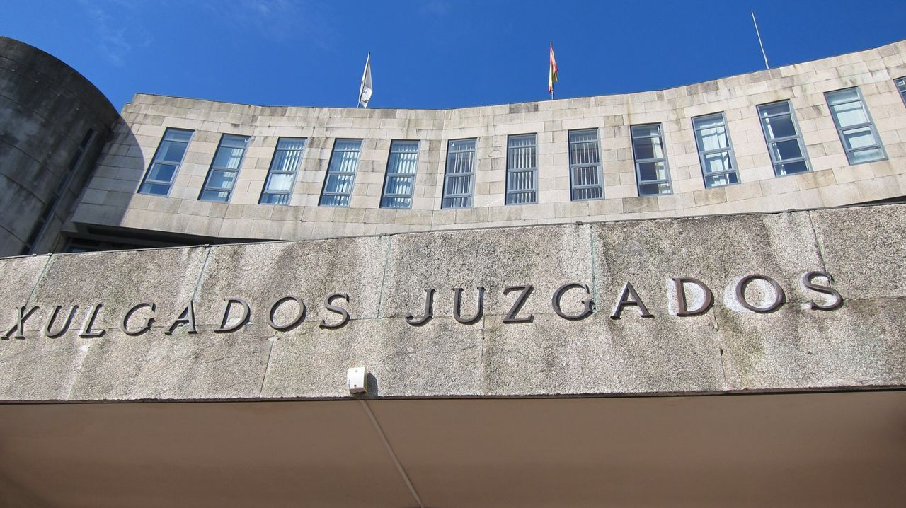 Dinero.Juzgados de Oviedo