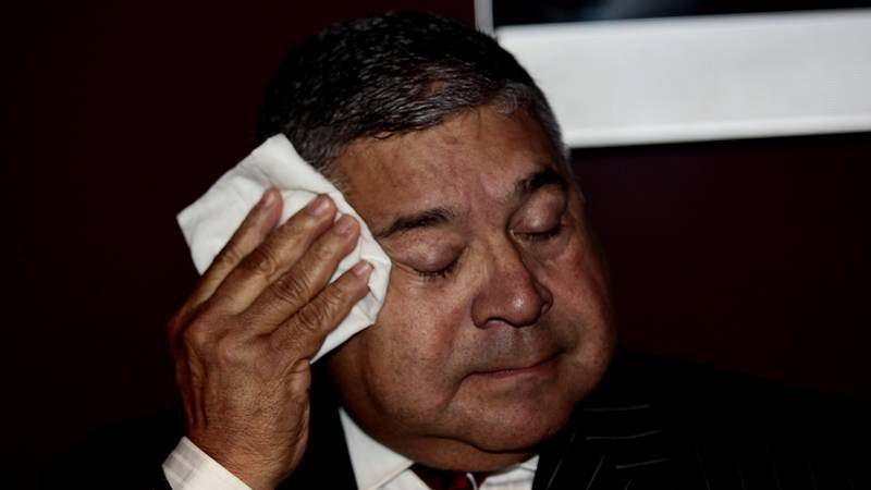 Asesinados tres opositores a Chávez tras un acto electoral.Las autoridades achacaron a una tormenta el incendio en la refinería de El Palito, en Carabobo.