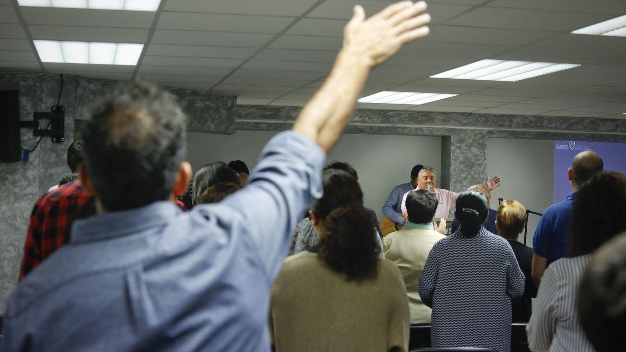 ASISTENTES A UNA IGLESIA EVANGÉLICA