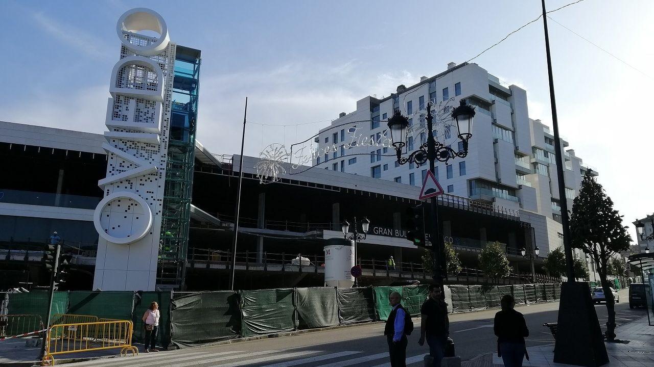 Nuevo cartel con el nombre de la ciudad en el Gran Bulevar El Vasco