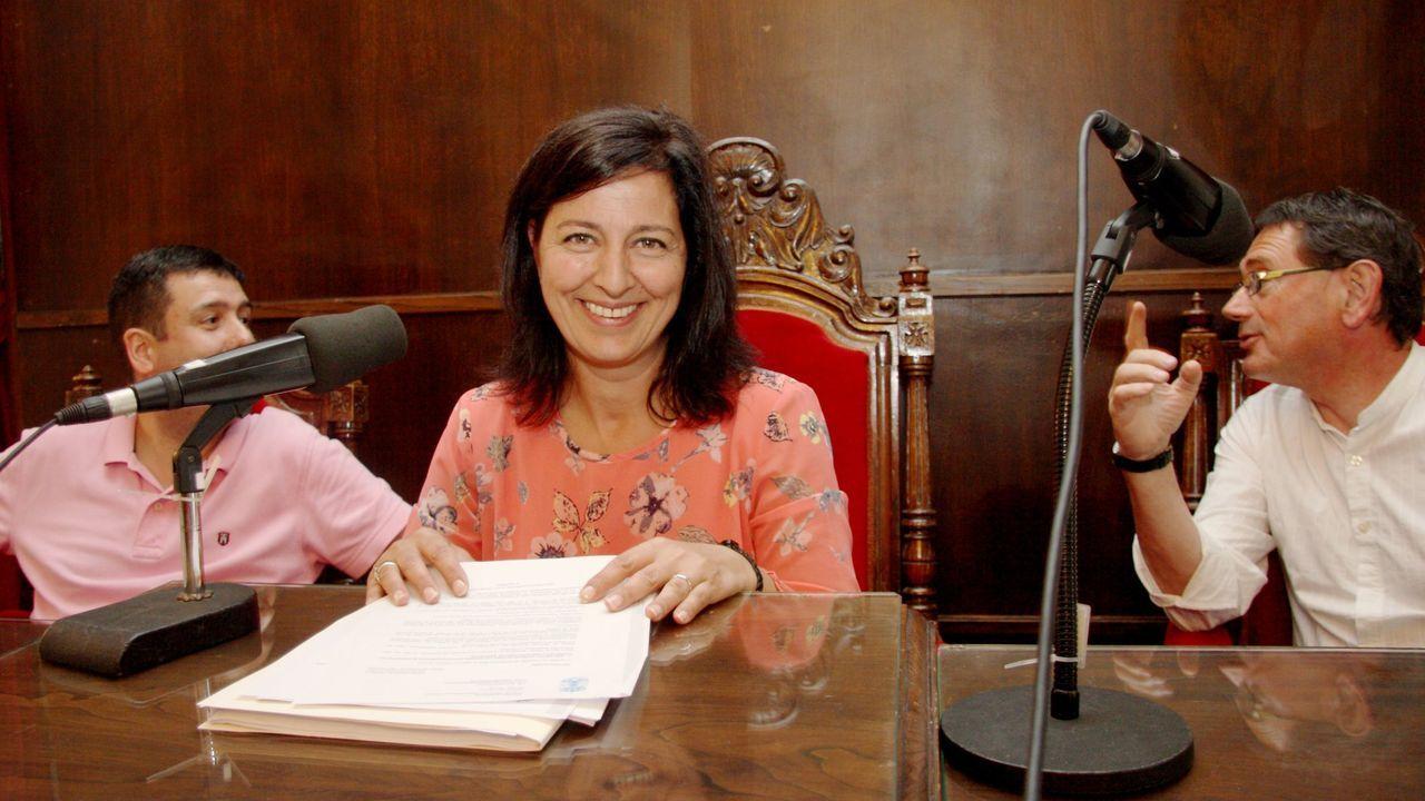 PLENO EN BETANZOS MARIA BARRAL ALCALDESA.