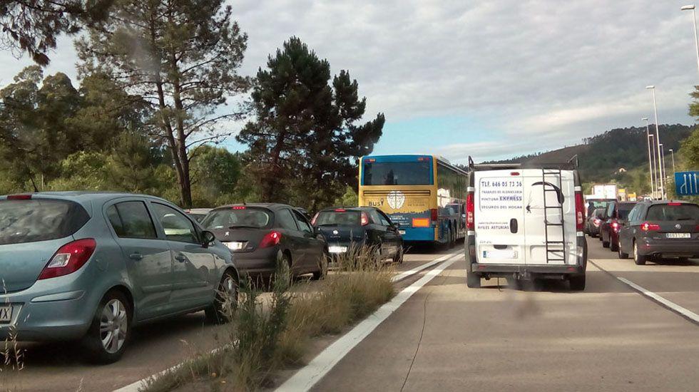 Retenciones en la Y en sentido Oviedo