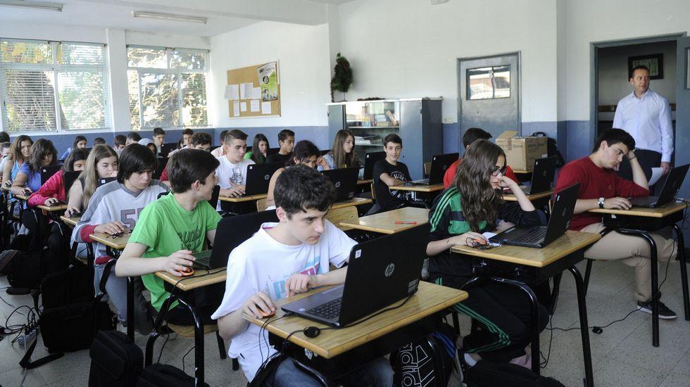 Regasificadora de Gijón.El colegio Sagrado Corazón de Lalín participó en primavera del 2015 en el proyecto para elaborar el informe PISA