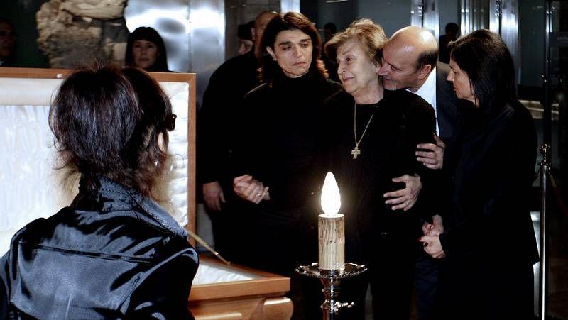La famosa escena del timo de la estampita de Tony Leblanc en «Los tramposos»