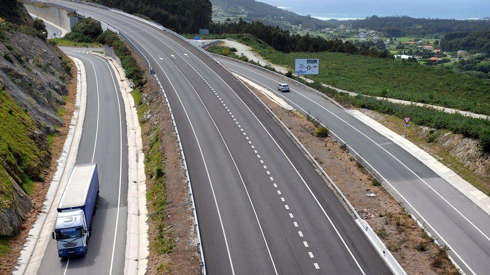 Vista del enlace por carretera del puerto exterior de Ferrol