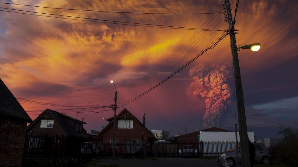 El volcán Calbuco registró dos violentas erupciones en menos de siete horas