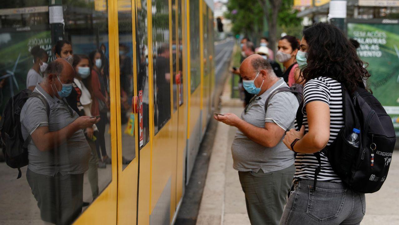 La masificación del transporte público colaboró al a extensión de los brotes en Lisboa