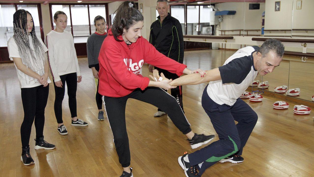 Taller de autodefensa para mujeres en un gimnasio de Vigo, en imagen de archivo