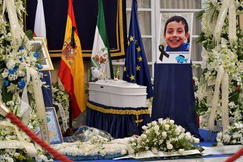 Los padres de Gabriel: «La Justicia hará posible que Ana Julia no vuelva a hacer daño».Una intensa lluvia en las calles de Oviedo
