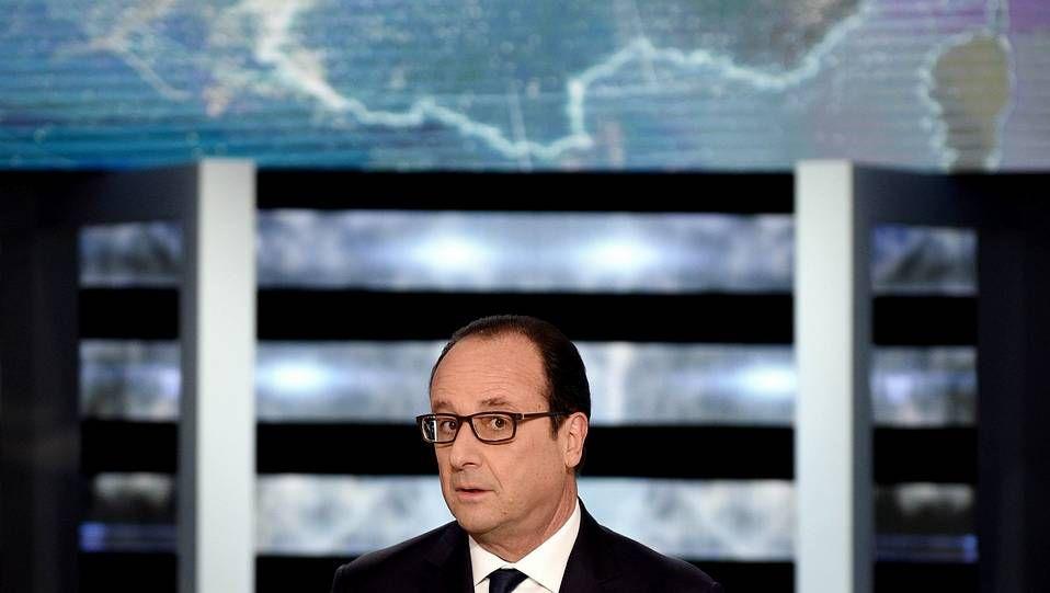 Los terroristas remataron a sangre fría a un policía.Michel Houellebecq