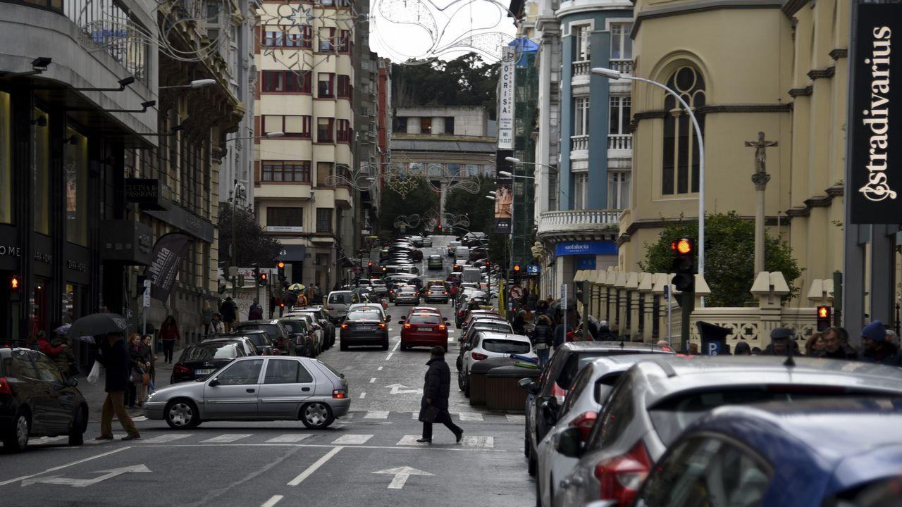 «En la crisis del Prestige nos llegaban caso 50 aves al día repletas de fuel».Las zonas para aparcar escasean en la plaza de Lugo