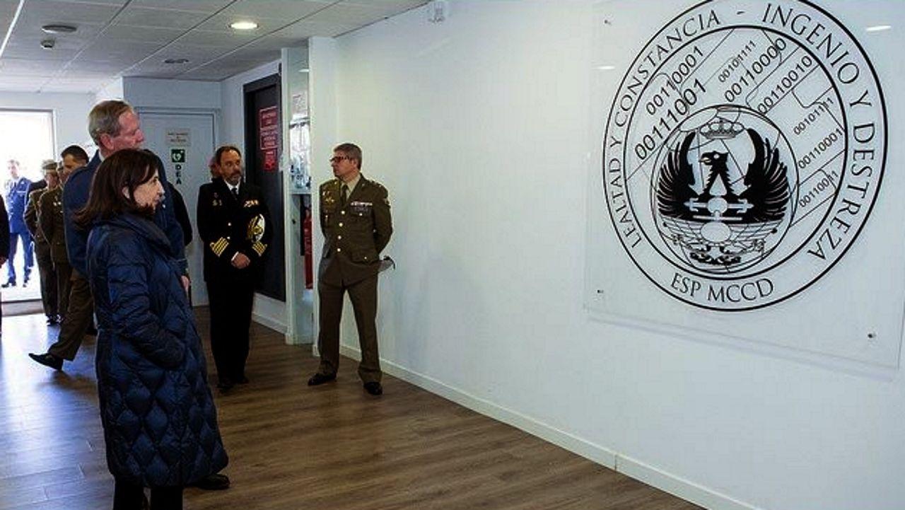 Despedida de la F-102 en el Asenal Militar de Ferrol.El equipo de la ministra de Defensa, Margarita Robles, fue el encargado de presentar la denuncia ante la Fiscalía
