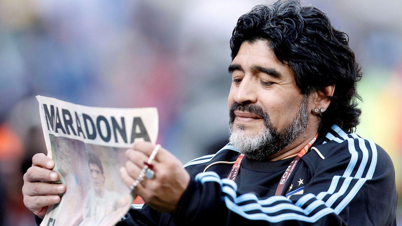 El mundo del fútbol llora la muerte de Maradona.Maradona fue futbolista del Barcelona entre 1982 y 1984
