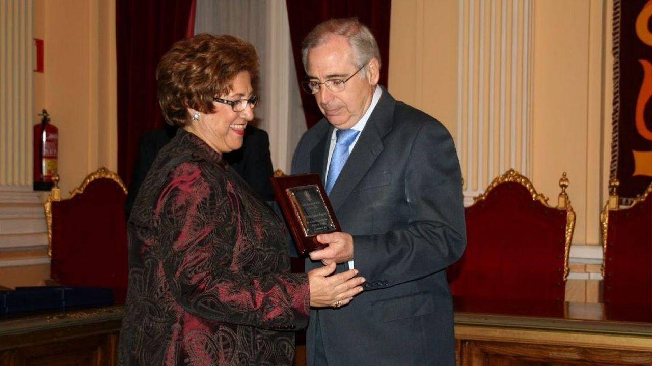La nueva presidenta de los científicos españoles en la entrega de un premio
