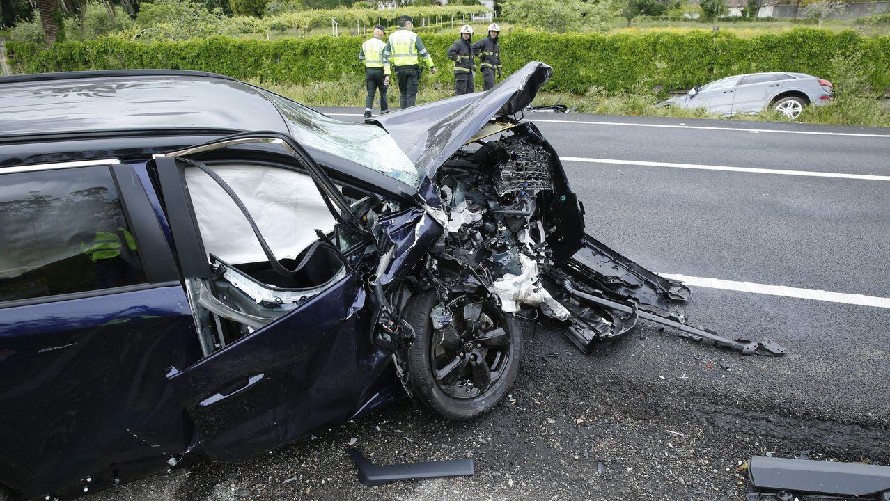 Accidente de trafico en o Portanxil ac544