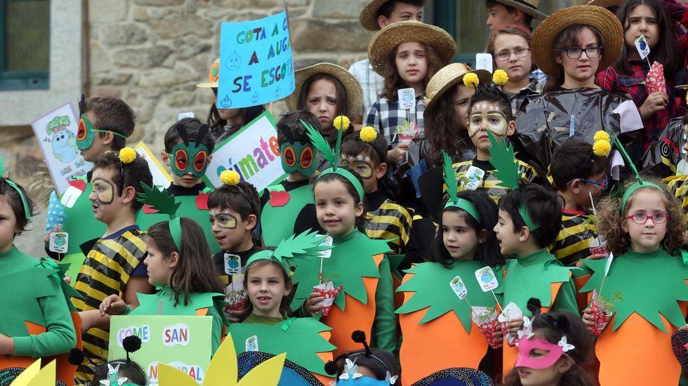Proyecto Voz Natura del Colegio Jaime Balmes celebrando  el día da terra
